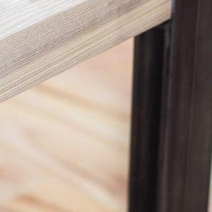 róg stolika 2