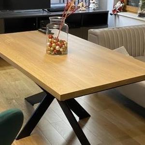 stół o podstawie x 02